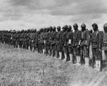 "The 369th Infantry Regiment ""Harlem Hellfighters"" standing at attention. Northern France, 1917. [1280 × 966]"