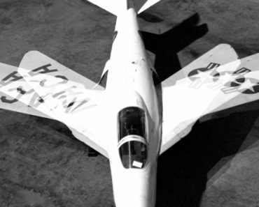 "Bell X-5's progressive ""swing wing"" Technology"